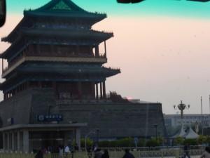 Maos Mausoleum am Abend
