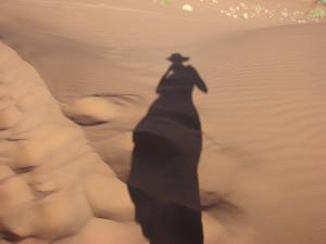 lange Schatten am Morgen in der Sossuvlei
