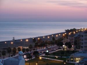 Blick vom RIU Belplaya auf den Strand von Torremolinos