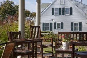 "Terrasse des ""Inn at Lewis Bay"""