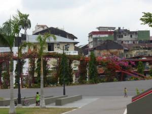 view from the promenade at Casco Viejo /Blick von der Altstadtpromenade auf Panama Viejo