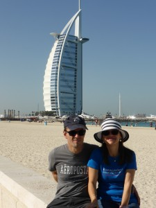 Am Strand von Jumeirah mit dem Burj Al Arab
