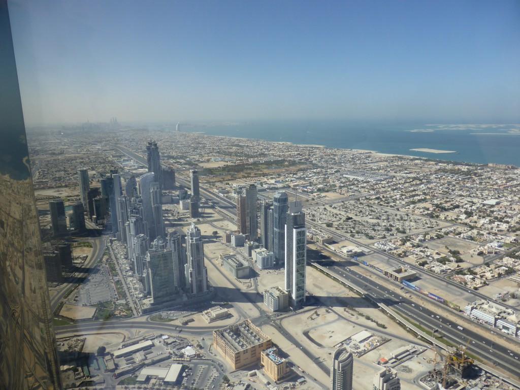 Dubai von oben, hinten mit The Palm