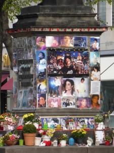 Monument of Orlando di Lasso / oder Denkmal für Michael Jackson in München