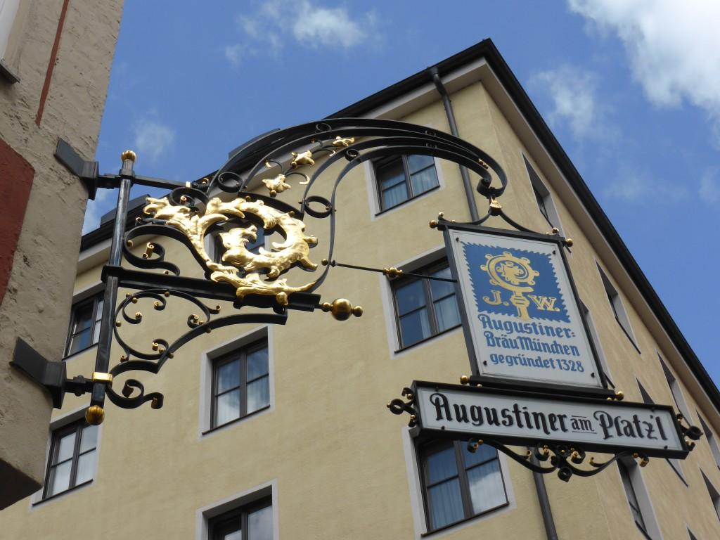 Nasenschild in München