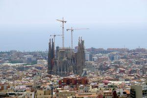La Sagrada Familia, byAntoni Gaudì, view from Park Güel