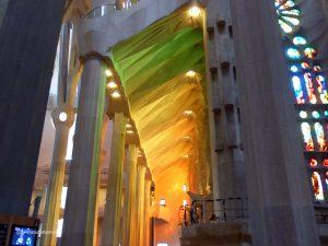 Lichtspiel der Fenster in der Sagrada Familia