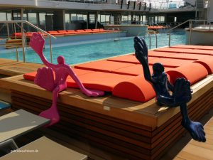 High Five am Pooldeck