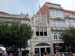maybe the most beautiful bookstore of the world, the Livraria Lello