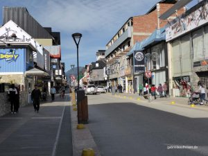 shopping street in Ushuaia