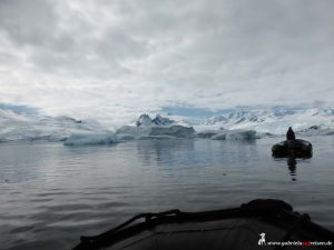 Antarktis, Cierva Cove, Zodiacs
