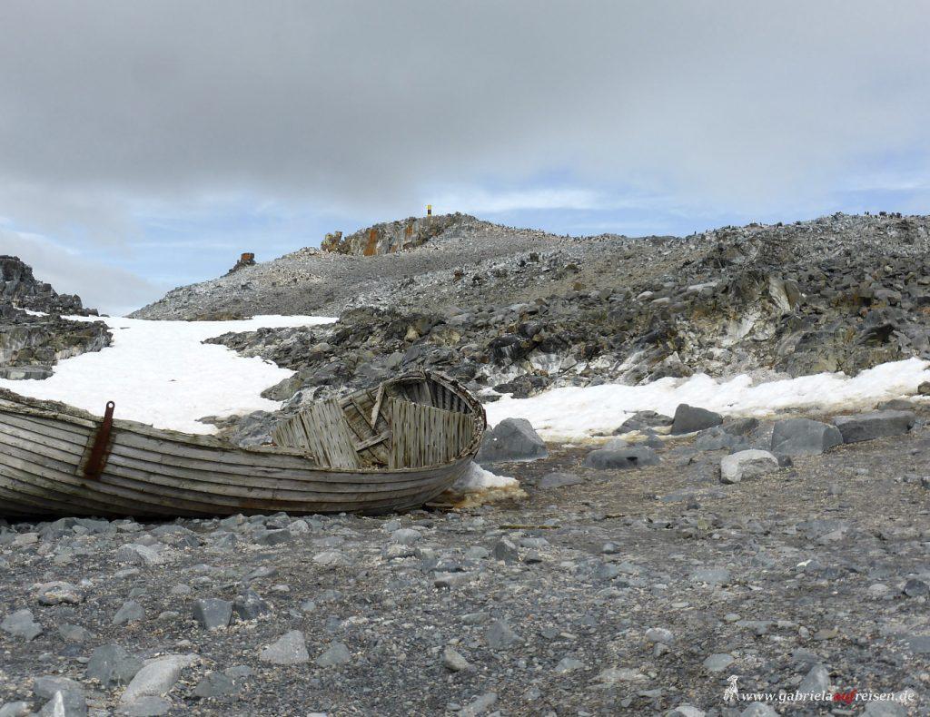 Antarktis, Halfmoon Bay, Walfängerboot