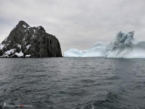 Antartis, Spert Island