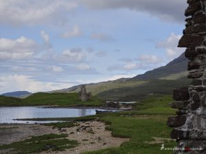 clan house, Ardvreck