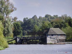eine Wassermühle