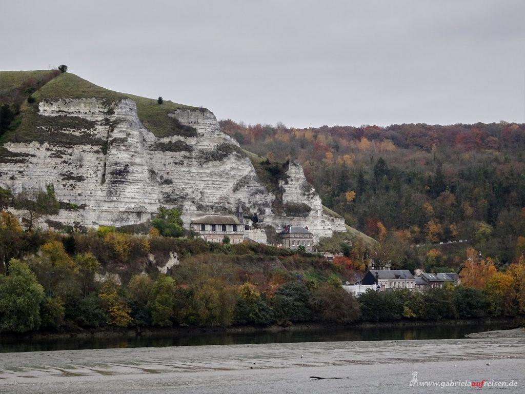 Kalksteinfelsen an der Seine
