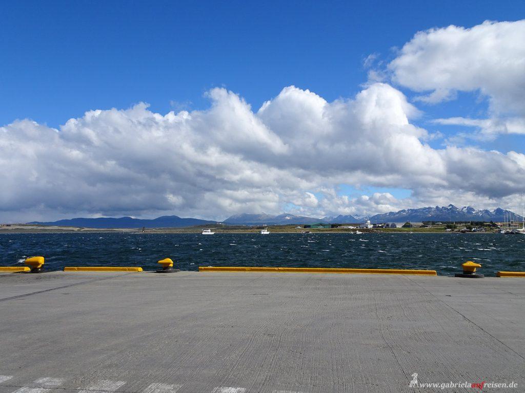 blauer Himmel in Ushuaia