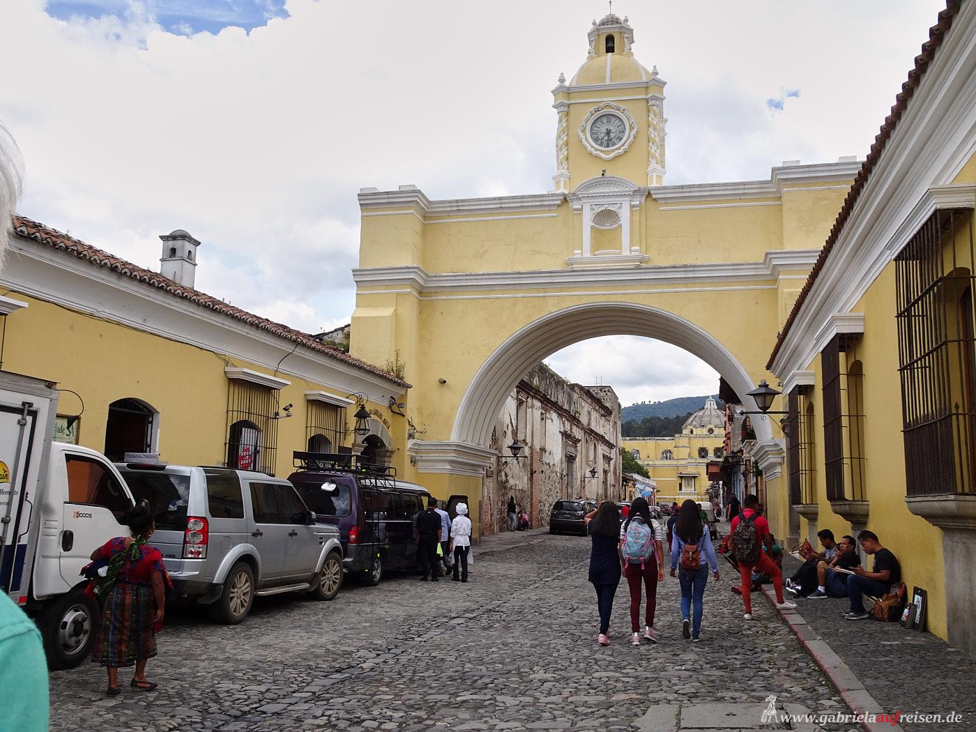 Eingang von La Antigua, Guatemala