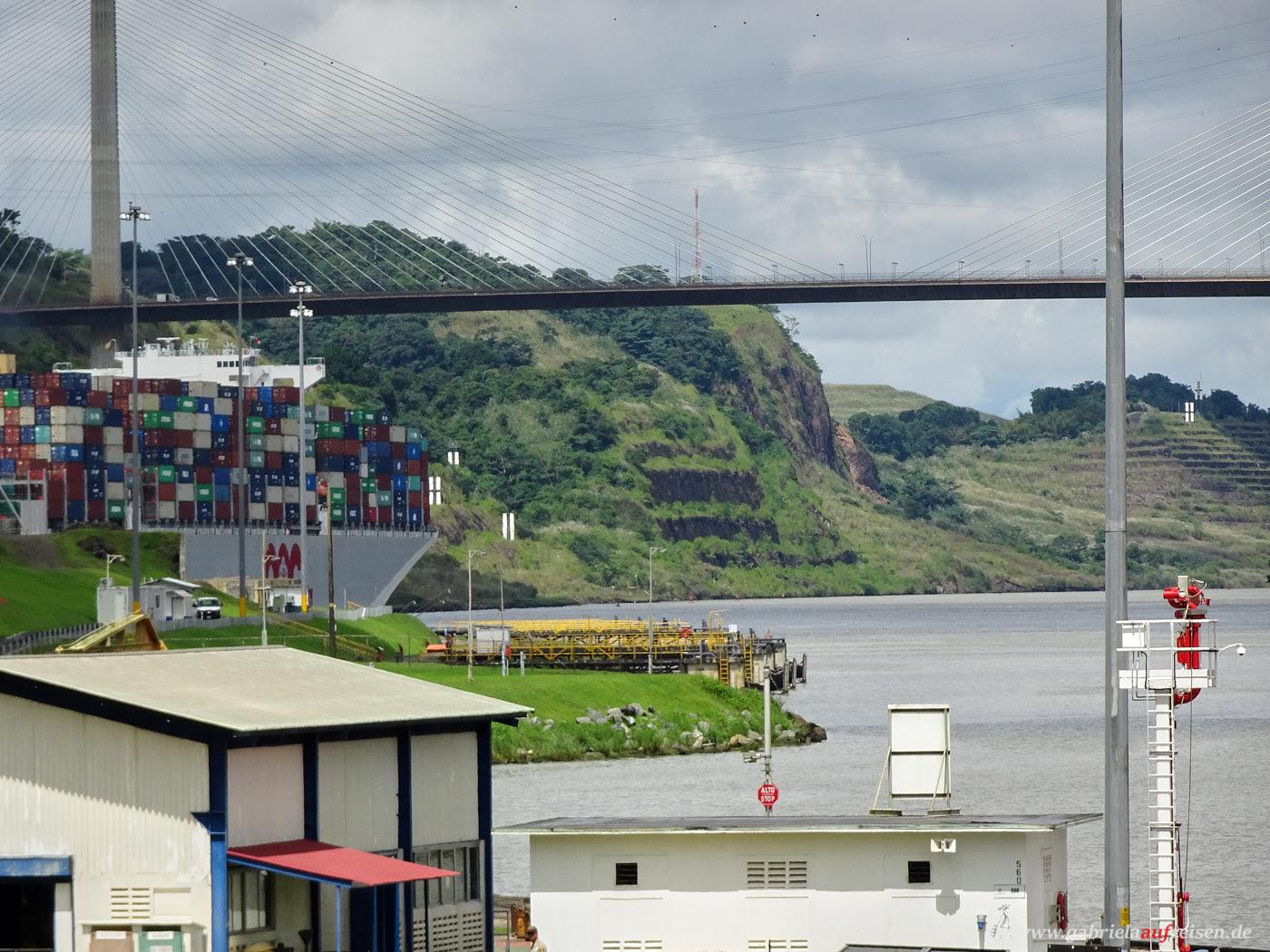 Brücke über den Panama Kanal