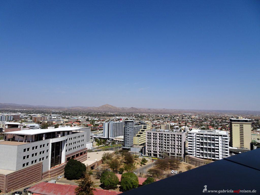 Dieses Bild hat ein leeres Alt-Attribut. Der Dateiname ist view_over_Windhoek-1024x768.jpg