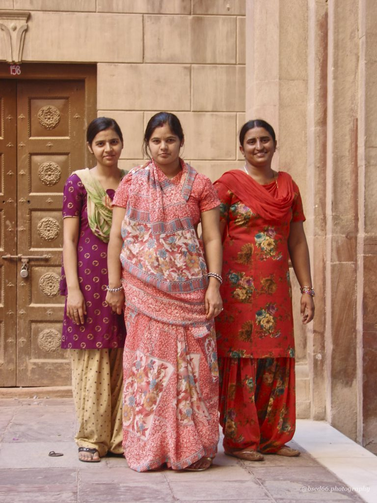 This image has an empty alt attribute; its file name is Indian-ladies-768x1024.jpg