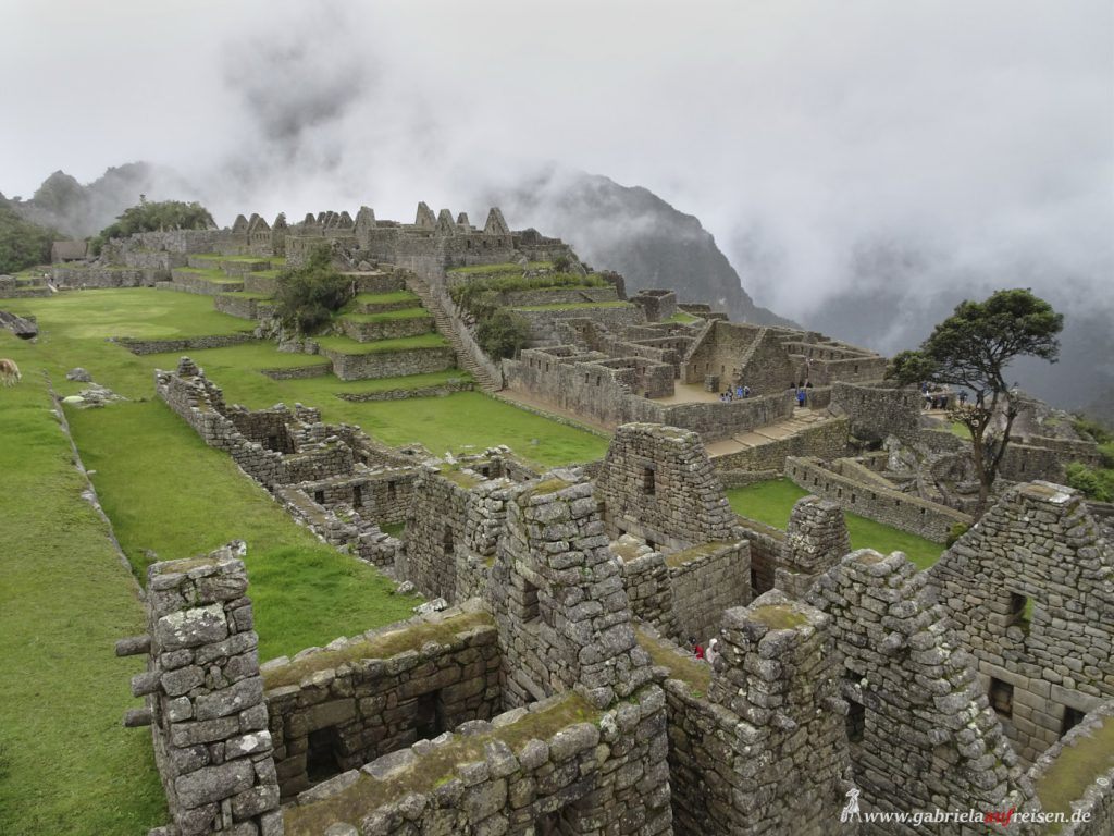 This image has an empty alt attribute; its file name is Peru-Machu-Picchu-from-above-1024x768.jpg
