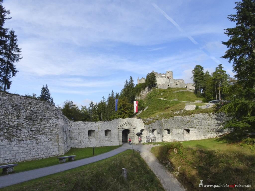 zur Burg Ehrenberg