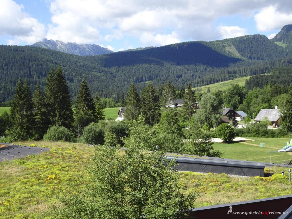 Blick-vom-Club-Aldiana-Salzkammergut-auf-die-umliegenden-Berge