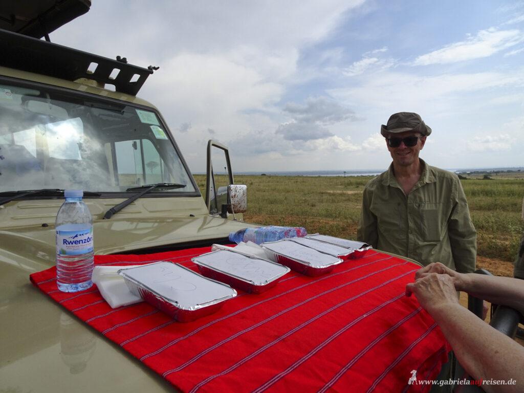 Mittagessen auf Safari