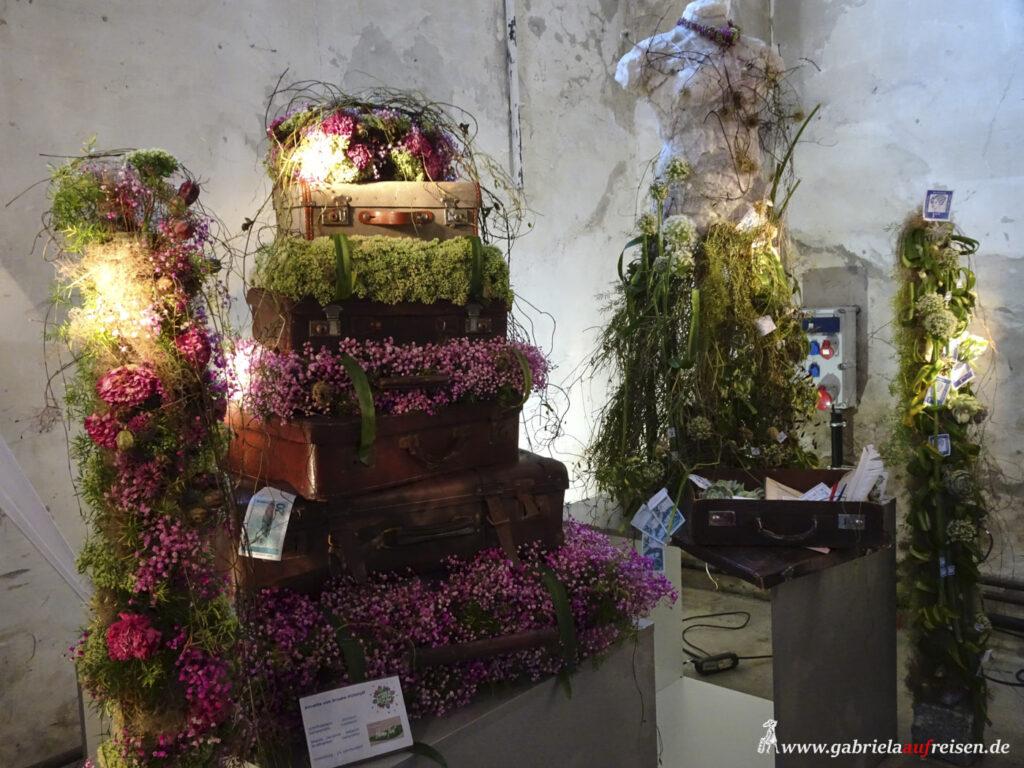 bepflanzte-Koffer